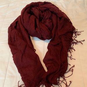 H&M burgundy scarf